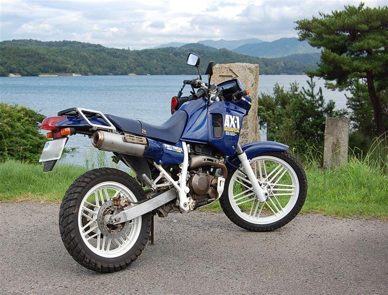 Мотоцикл хонда ах1